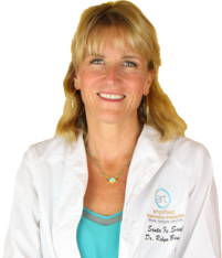Dr.-Robyn-Benson-Picture copy