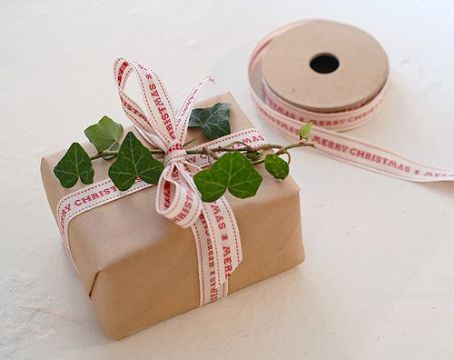 christmas-gift-wrap